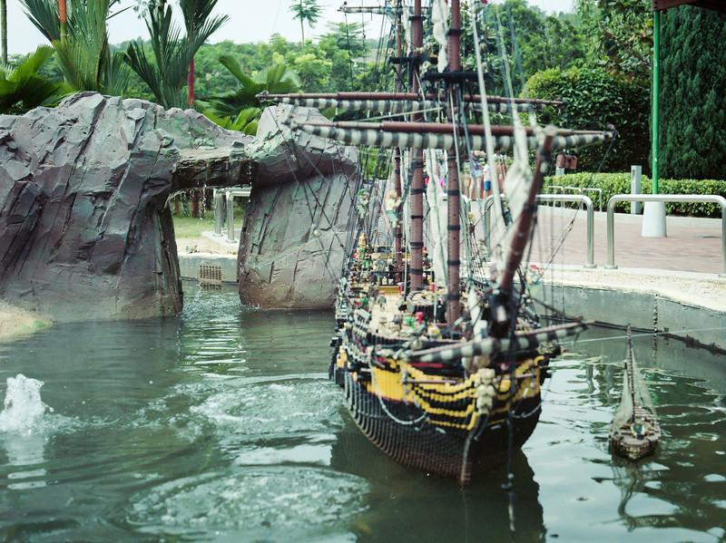 Pirate Ship   Legoland   July 2016