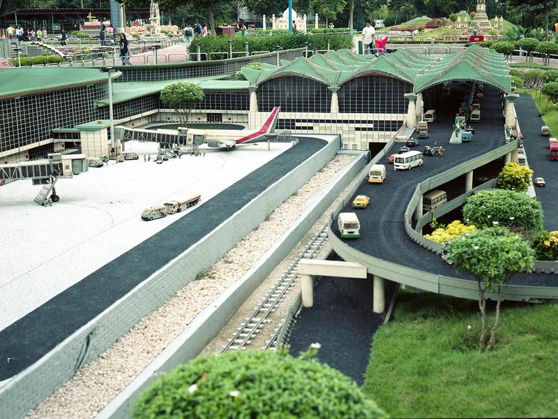 KLIA Kuala Lumpur International Airport   Legoland   July 2016