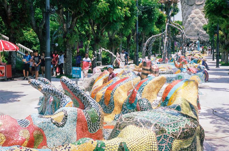 Sentosa sculpture walk