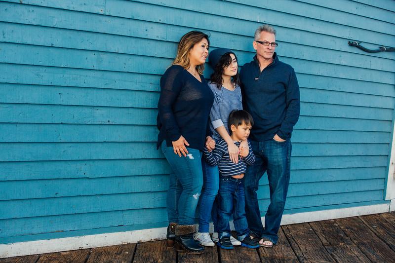 Francisco Family Portraits-230-9675.jpg