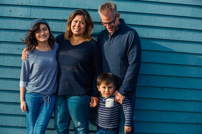 Francisco Family Portraits-204-9649.jpg