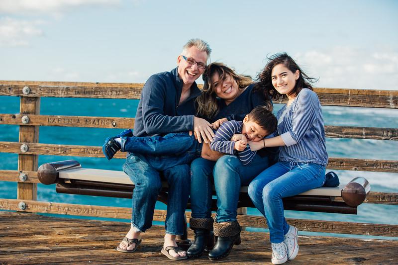 Francisco Family Portraits-100-9545.jpg