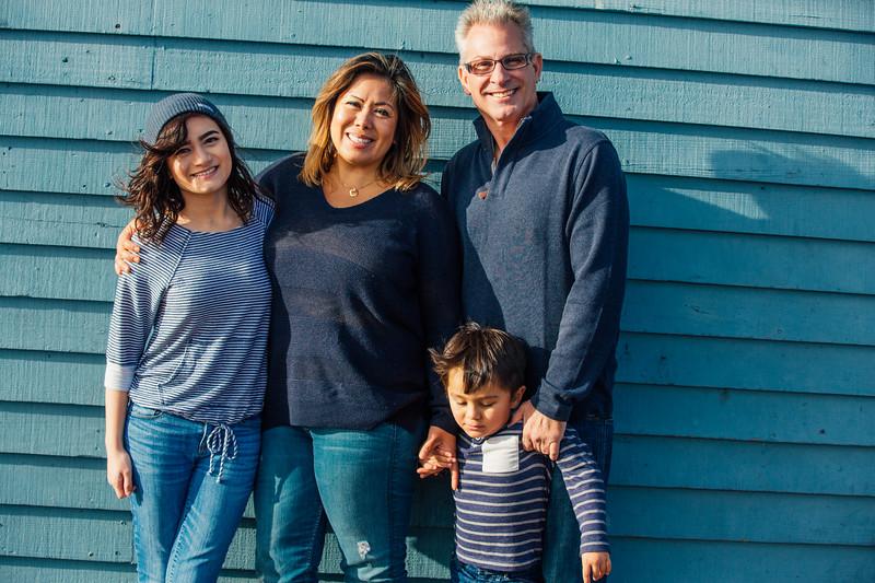 Francisco Family Portraits-206-9651.jpg