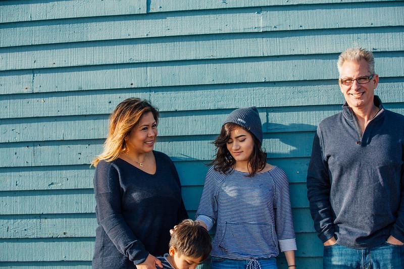 Francisco Family Portraits-232-9677.jpg