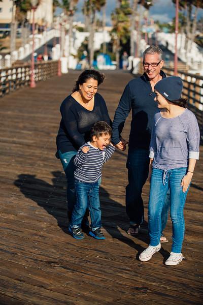 Francisco Family Portraits-043-9488.jpg