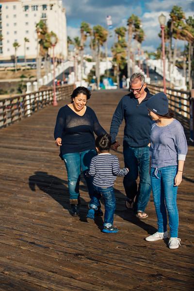 Francisco Family Portraits-042-9487.jpg