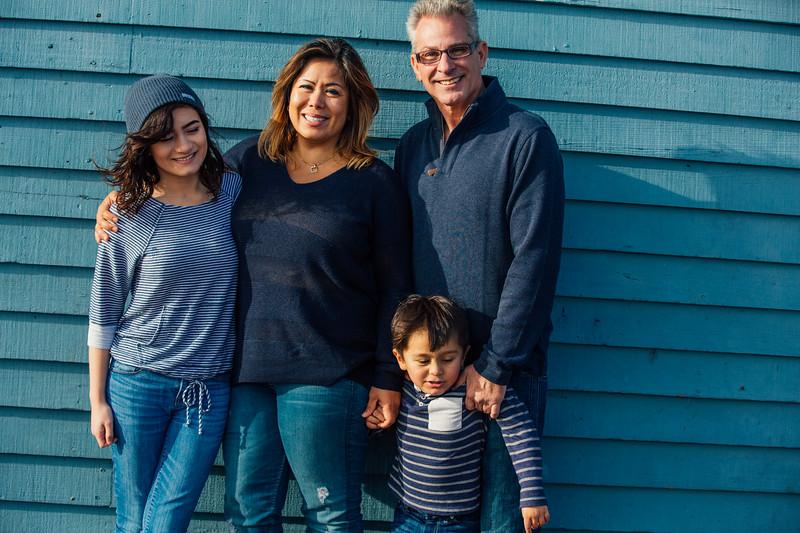 Francisco Family Portraits-205-9650.jpg