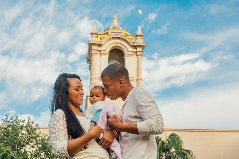 Ramirez Newborn Family Photography-1256-0107.jpg