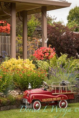 Ann Nickerson - Ann's garden_401
