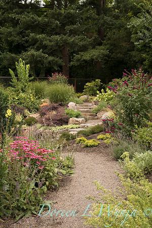 Lucy & Susan - Letson garden_712