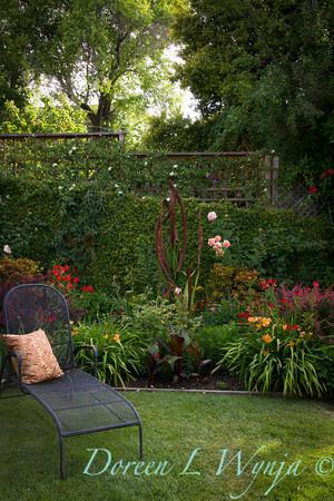 Ann & Greg's Garden_164