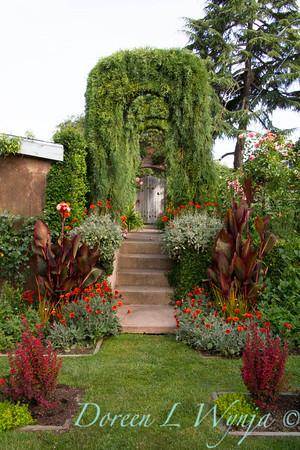 Ann & Greg's Garden_160