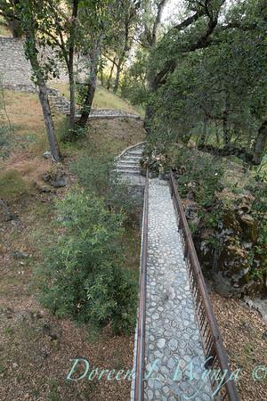 Umbellularia californica - Quercus agrifolia - Q lobata - stonework bridge_4467