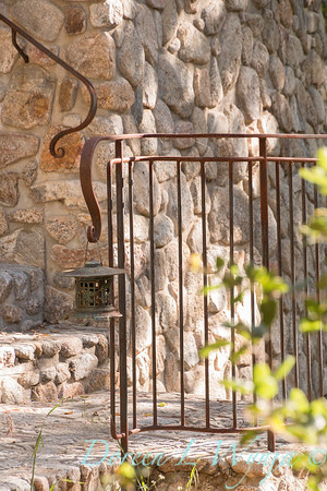 Stonework - forged iron railing - lantern_4601
