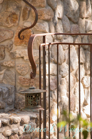 Stonework - forged iron railing - lantern_4599