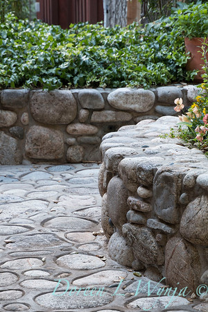 Stonework patio border_4503