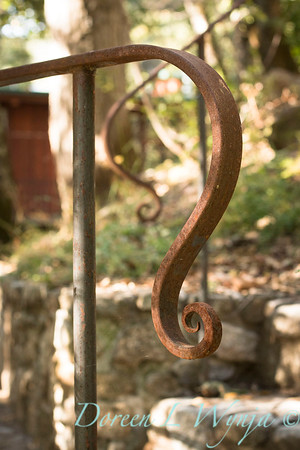 Stonework - forged iron railing_4572
