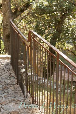 Stonework - forged iron railing_4577