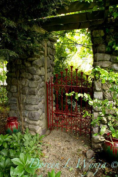 Red Gate_001