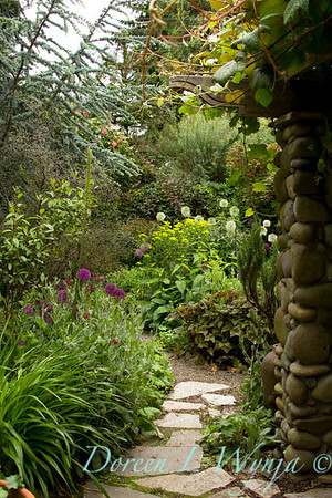 Garden Path_7657