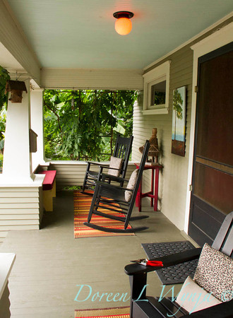 Front porch rocking chairs_3935