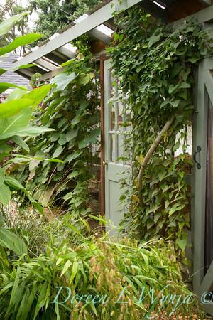Garden potting shed_3901