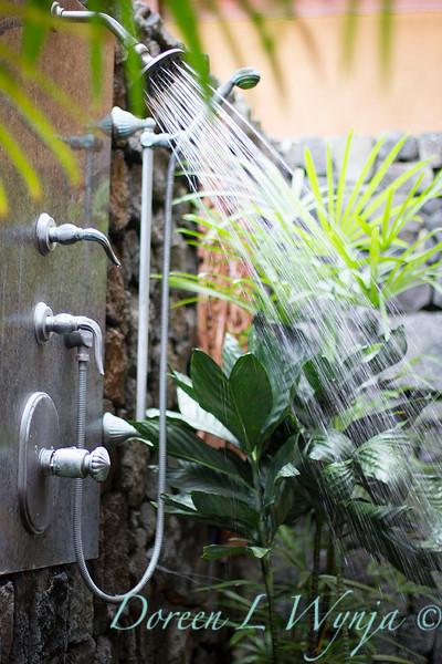 Outdoor shower_9000