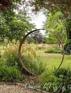 Jacky O'Leary circular garden art_2905