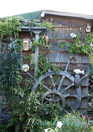 Bob Lily houseboat gardening_619