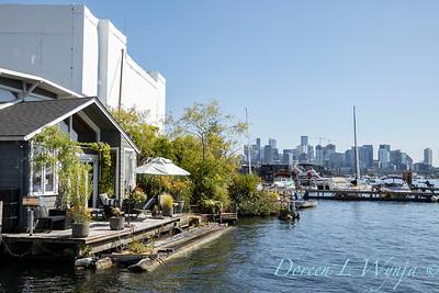 Houseboat garden deck waterfront_1155