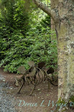 Sara's garden among the trees_116