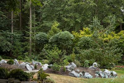 Pat & Walt garden space_301