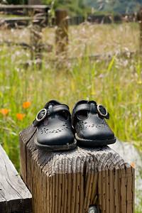 Debbi Brusco - Little shoes, 5/12/10  - Sierra Azul OSP