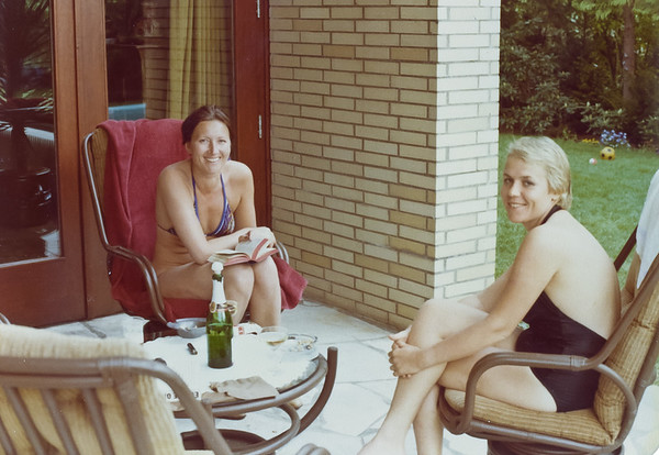 Ingrid & Brigita in Hamburg, 1978