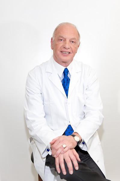 Dr. V