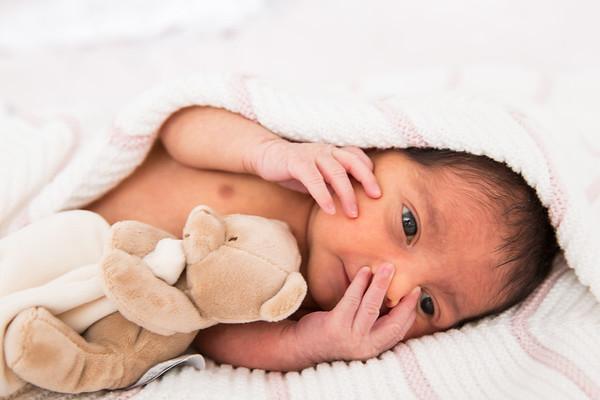 Alana 6 days old-56