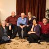 左から<br /> マージョリー、トム、おじいさん、サラ、麻紀、ロブ