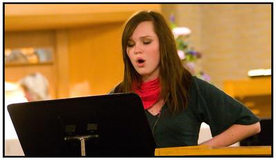 Ayoe synger i Farum Kirke 2005