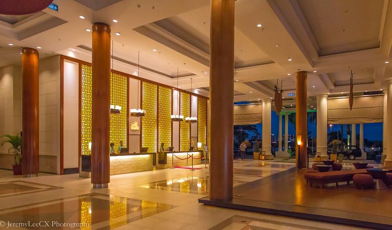 Holiday Inn Kuala Lumpur - Grand Lobby