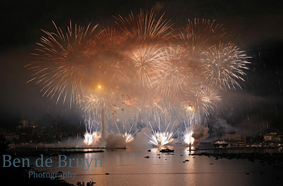 Fireworks at Geneve Aug 2011 View 28