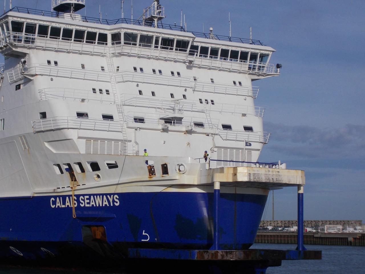 notre bateau arrive à calais