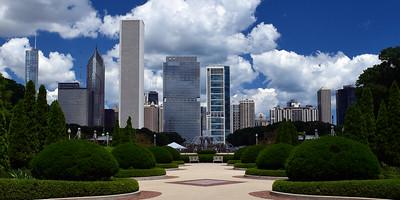 Grant Park & Chicago Skyline   Chicago, IL