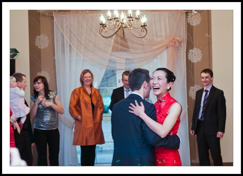 embarrassing first dance...  pierwszy taniec...