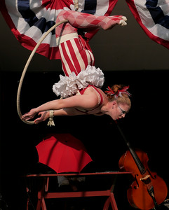 Zooid Aerial Theatre performs; The Hangman's reprise. _1270889.JPG