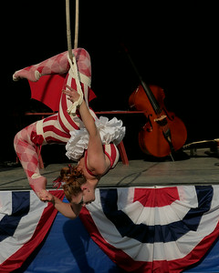 Zooid Aerial Theatre performs; The Hangman's reprise. _1270904.JPG