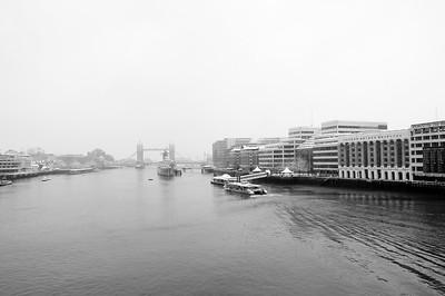 London Bridge Snow Scenes