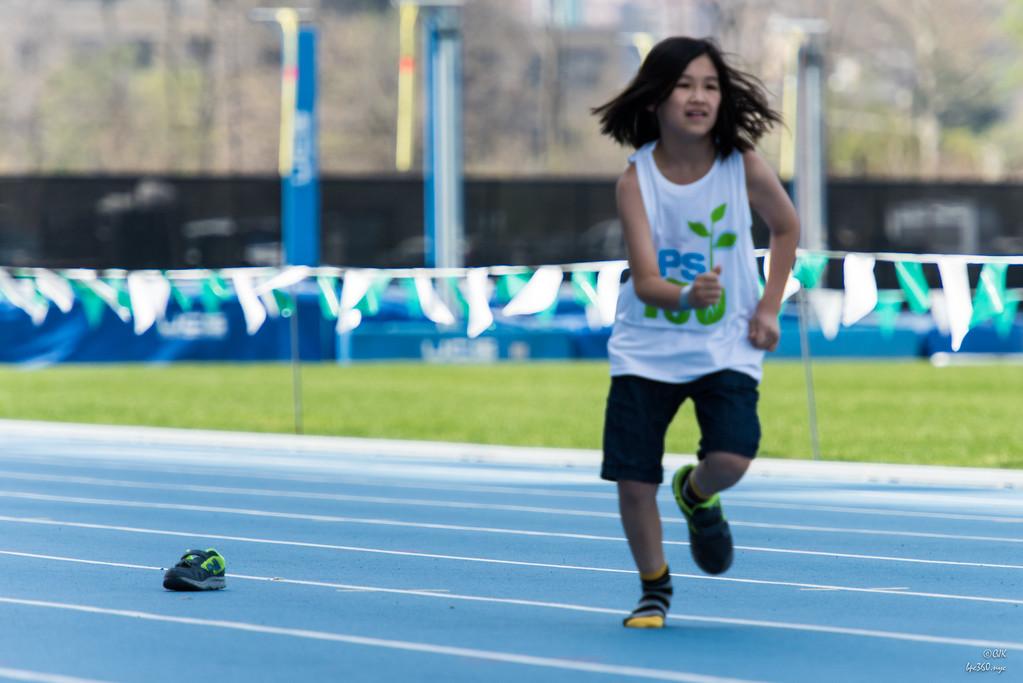 PS 150 Track meet 2016-04 -_CJK9505