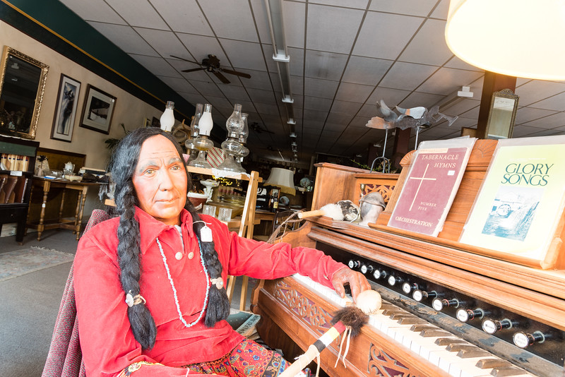 Indian piano player