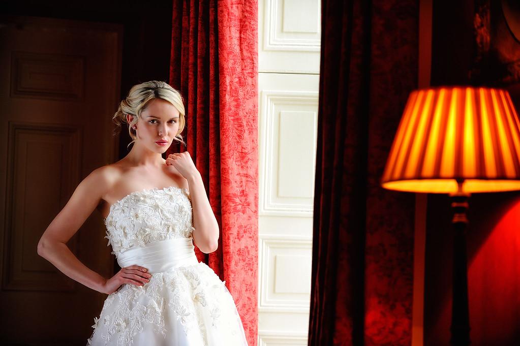 Bridal portraits with Carla Monaco at Silverholme