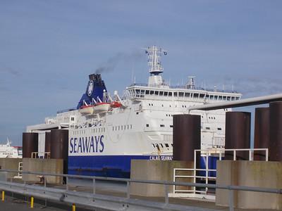 Notre bateeau arrive à Calais